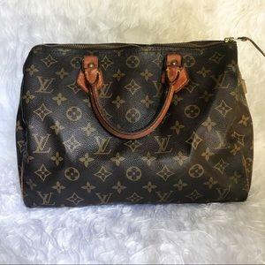 c74aeb3155c24 Women Speedy Louis Vuitton Sizes on Poshmark